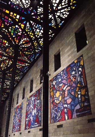 Roger_Kemp-Tapestries-at-Great_Hall-NGV