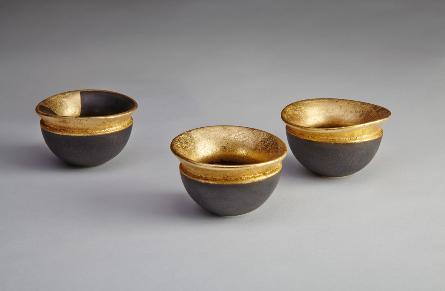 Gilded Finch Bowls wheel thrown porcelain and 23ct goldleaf, 7cm z 4cms
