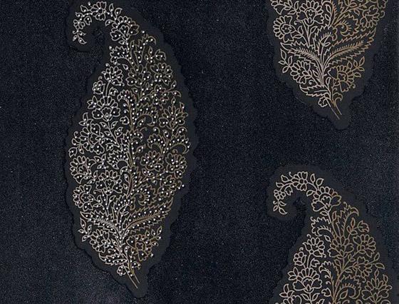Karen-Beauchamp-Swarovski-wallpaper-8