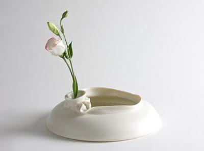 Mona Vase