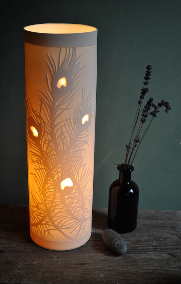 5. Peacock Feathers Porcelain Lamp 34x10cms