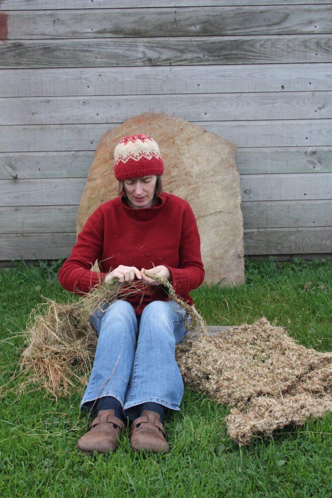 032 Joanne B Kaar making replica Angus MacPhee garment Oct 2011